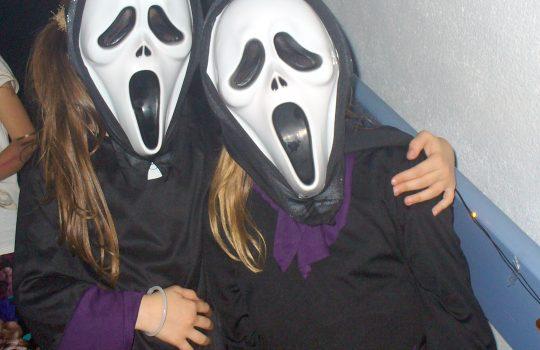Gruselige Gestalten bei der SGW Halloween-Party