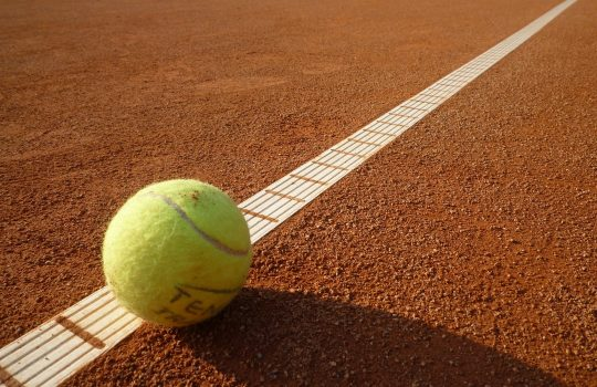 Tennisplätze geöffnet