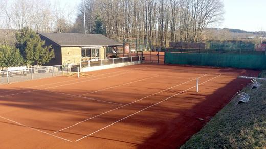 Tennisplätze instandgesetzt