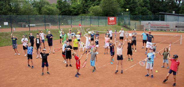 Kids mit viel Spaß beim SGW-/Westwood Tennis-Camp in Gebhardshain
